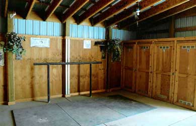 Private tack lockers and saddling area